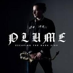 Escaping the dark side | Plume. Auteur